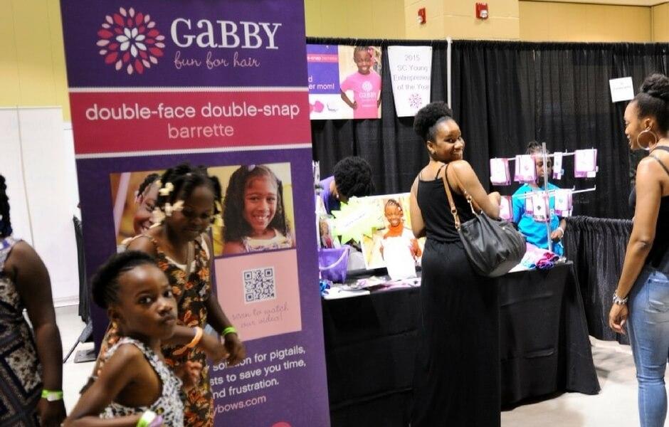 2016 - Gabby Bows